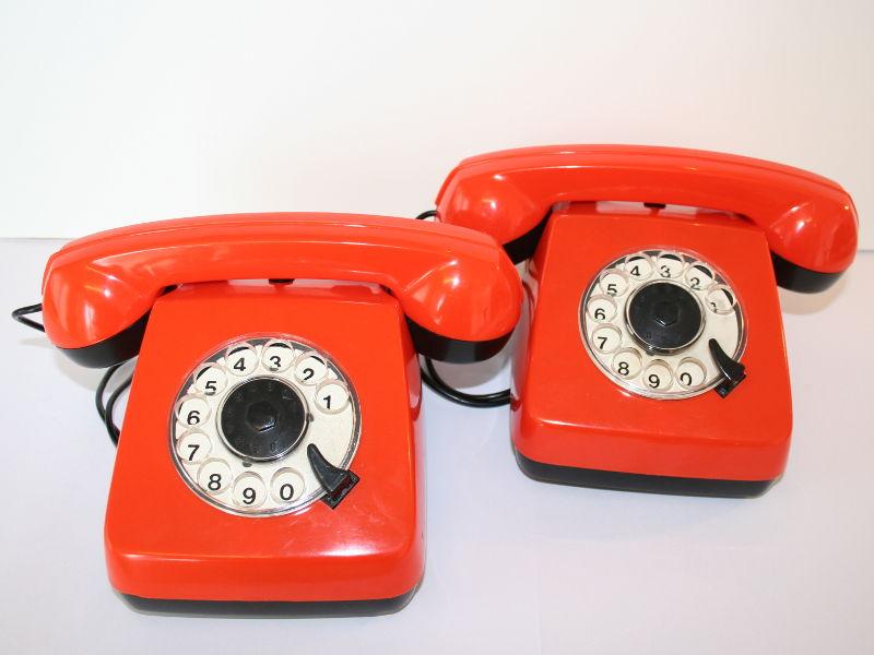 oranje speelgoed telefoontjes jaren zeventig